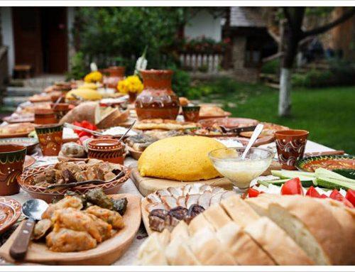 Mostra di fotografia e cena rumena